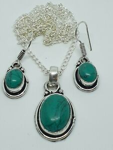 "Lovely Turquoise Pendant Necklace & Earrings Set Silver Plated 20"" Chain"