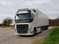 Para adaptarse a 2013+ Volvo FH4 Globetrotter estándar de la parte superior delantera Techo Spot Luz Barra de camión