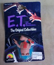 """(TAS013411) - 1982 LJNToys E.T. 2"""" Holding Phone new tampered package"""