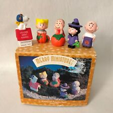 Peanuts Pumpkin Patch Merry Miniatures Halloween Hallmark 1996 Box 5 Pieces