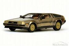 SUN STAR 1:18 AUTO IN METALLO DIE CAST DE LOREAN 1981 GOLD EDITION  ART 2702