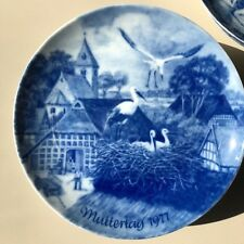 Porcelain Plate Berlin Design Mother's Day 1977 MUTTERTAG GENUINE BLUE CHINA