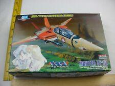 Macross Fighter VF-1D model Kit ARII MIB 1/100 scale