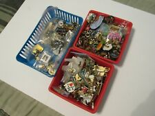 Large lot of 300 + lapel,hat,brooch.buttons pin lot, Great lot,Lots of Vintage