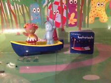 In The Night Garden Floaty Boat with Upsy Daisy & Iggle Piggle plus Book