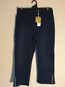 Beautiful Plus Size 24P Taking Shape Pearl Crop Jean 69% Cotton Stud Rrp $119.95