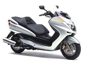 Coprisella specifico per scooter Yamaha Majesty 250 dal 2000 realizzato in simil