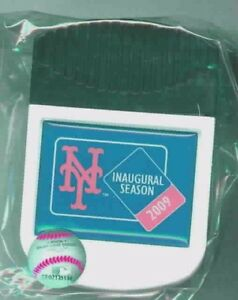 2009 New York Mets CitiField Inaugural logo magnet clip
