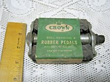 CROWN Ball Bearing Rubber Pedal for Imported BIKE Axle 9/16 x 20 Thread Vintage