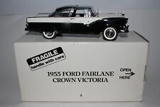 1955 FORD FAIRLANE CROWN VICTORIA, DANBURY MINT DIECAST 1:24 NICE WITH BOX