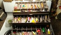 Vintage Flambeau Tackle Box Full Of over 40 lures + Kingston Pocket knife. Look%