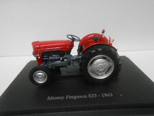 MASSEY FERGUSON 825 1963 TRACTOR SCHLEPPER HACHETTE  G095 1/43
