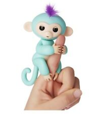 Fingerlings WowWee Zoe Turquise Interactive Baby Monkey Kid Toy With Bonus Stand