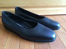 Easy Street Black Shoes 10M Sensations Collection Flat Comfort Slip On 40-3191