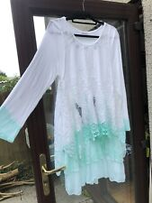 """Made In Italy Long Sleeve Dress White And Soft Green Size To Fit 44"""" Bust"""