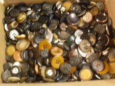 vintage button collection (five lbs button mixture)