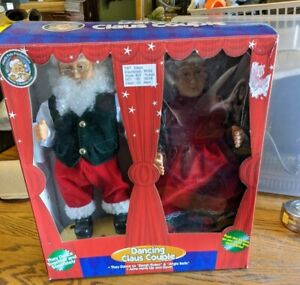 Gemmy Mr. & Mrs Santa Claus Dancing Couple Sings Songs Animated Xmas 2 Figure