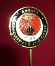 TURKEY ANKARA Soccer - GENCLERBIRLIGI SPOR KULUBU Old Football Pin 1980's