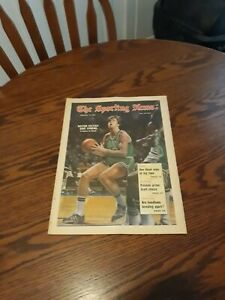 FEBRUARY 19,1972-THE SPORTING NEWS-DAVE COWENS OF THE BOSTON CELTICS(NM)