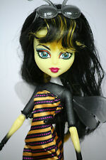 Monster high poupée CREATE A MONSTER CAM ABEILLE BEE