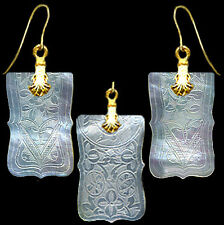 14k GOLD WIRE EARRINGS on FINE ENGRAVD BUTTERFLY DESIGNS ANTIQUE CHINESE PEARL