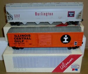 "* Weaver Trains ""Illinois Central Gulf Boxcar & Burlington Covered Hopper"" Boxed"