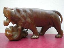 ANCIENNE BELLE STATUE SCULPTURE DE LION EN BOIS PLEIN DECORATION