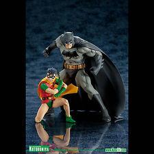 KOTOBUKIYA - DC COMICS - BATMAN & ROBIN TWO-PACK ARTFX+ STATUES - BNIB!
