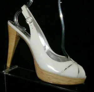 BCBGirls white patent leather round peep toe slingback platform heels 7B 37