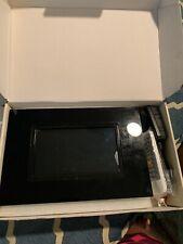 Pandigital 7-inch Digital Photo Frame With MP3 -I2