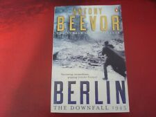 ANTONY BEEVOR - `BERLIN: THE DOWNFALL` - PAPERBACK - VERY GOOD/EX. CONDITION
