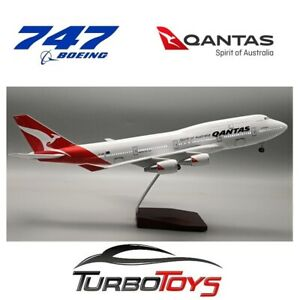 NEW - BOEING 747 QANTAS AIRLINES 1/150 LARGE 47CM RESIN LED MODEL WITH STAND