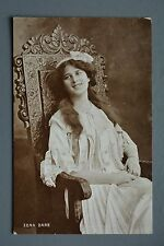 R&L Postcard: Zena Dare, Throne Carved Chair Davidson Bros