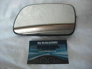 2326.34.015   PEUGEOT 307  2001-2008  ELECTRIC DOOR MIRROR GLASS N/S LEFT GAUCHE