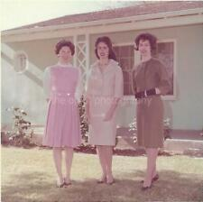FRONT YARD FASHION Pretty Women FOUND PHOTOGRAPH Color Snapshot VINTAGE 98 13 F