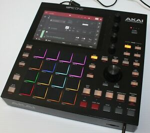Akai Professional MPC ONE Standalone Music Production Center 16 Pads Touchscreen