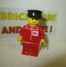 Lego - Minifigures - City - Post Office - Red Legs Black Hat 1063 1067 post005