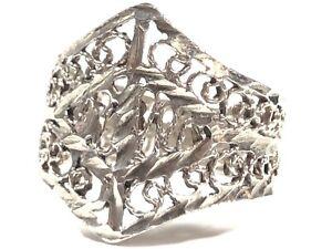 Vintage Ladies Sterling Silver Unique Design Ring - Size 6.5
