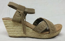Minnetonka Naomi Size 10 Women's Beige Suede Espadrille Wedge Sandals Shoes