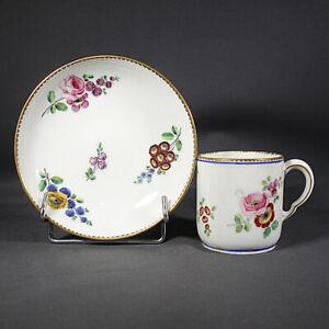 Sèvres Porcelaine Tendre Tasse Calabre 18ème Bouquets