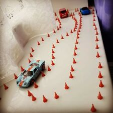 10x 1:64 Stackable Traffic Cones For Hot Wheels And Matchbox Car Dioramas