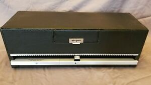 Discgear Selector 120HD Storage box for 120 CDs, DVDs, BluRay, Black w/light