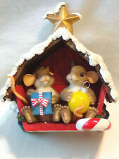 Charming Tails Friend Filled Christmas Barn (Mouse)[SpEd][SilverSigna ture][Retd]
