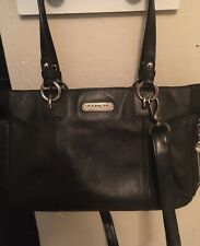 ~ Coach Authentic Black Leather Handbag ~ Crossbody Messenger Medium Sized