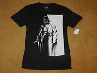MEN'S STAR WARS DARTH VADER T-SHIRT - Size Small (New With Tags)