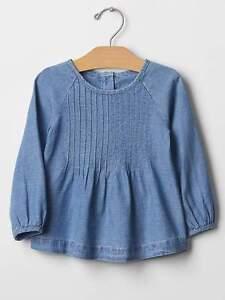 NWT babyGap Girls Pintuck Raglan Denim Top Shirt Size 2 3 & 4 YRS
