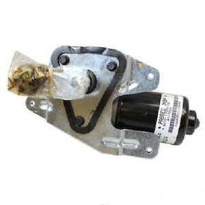 Front WAI Global Windshield Wiper Motor fits Lincoln Town Car 1998-2002 72FWNH
