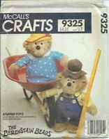 """M 9325 sewing pattern 13"""" Mama Papa BERENSTAIN BEARS & CLOTHES Stuffed TOY DOLLS"""