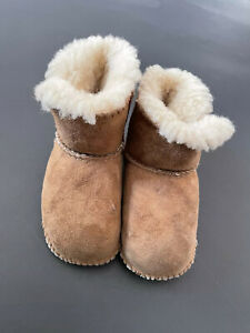 UGG Boots for Baby/Toddler Girl Size Small