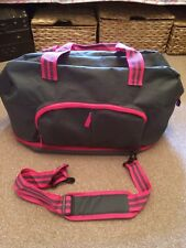 Yves Rocher Grey & Pink Holdall Bag Travel/Gym New